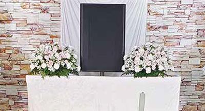 ファミリーホール船橋のアレンジ祭壇、38,500円